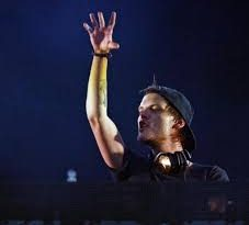 Avicii, Sebastien Drums - My Feelings For You SS