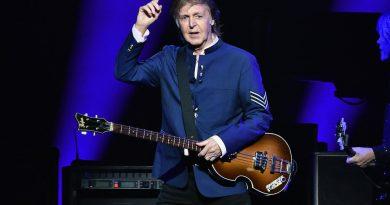 Paul McCartney - Dominoes