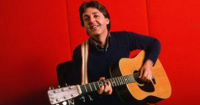 Paul McCartney - Hand In Hand