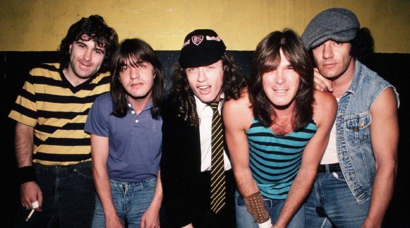 AC/DC – Back In Black