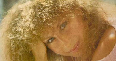 Barbra Streisand - Clear Sailing