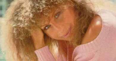 Barbra Streisand - Left In the Dark