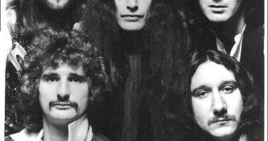 Uriah Heep - The Law