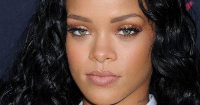 Rihanna - Higher