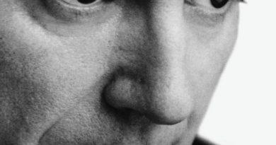 David Byrne — Grown Backwards