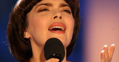 Mireille Mathieu - La première étoile